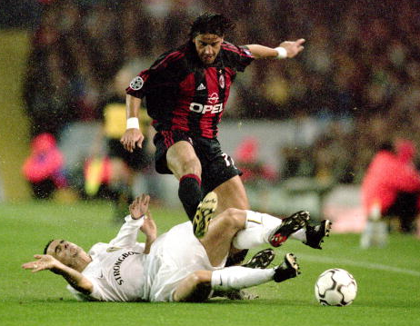 Tradisi Bek Kiri AC Milan Yang Mematikan