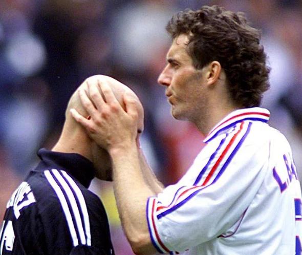 Ketika Kecupan Blanc Menghasilkan Trofi Piala Dunia