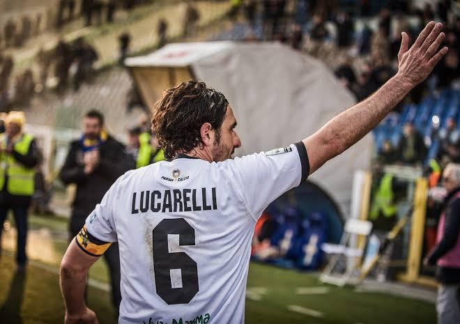 Alessandro Lucarelli: Pahlawan Sepakbola Paling Setia Dengan Satu Nama